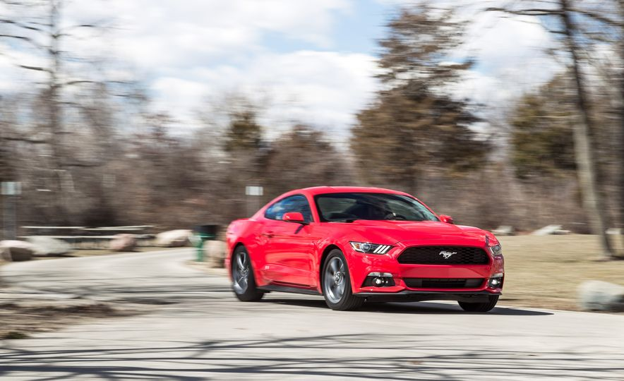 2015 Ford Mustang - Slide 1