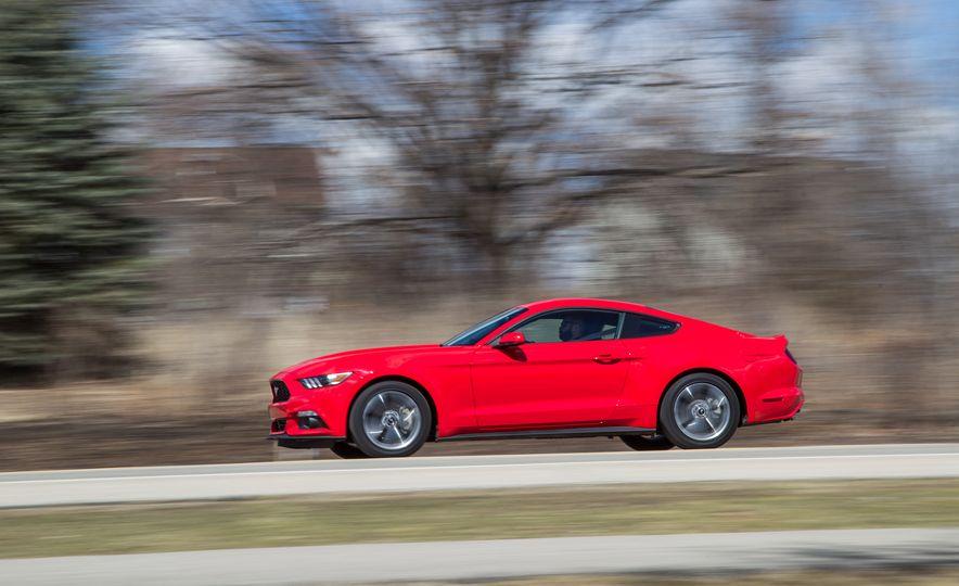 2015 Ford Mustang - Slide 3