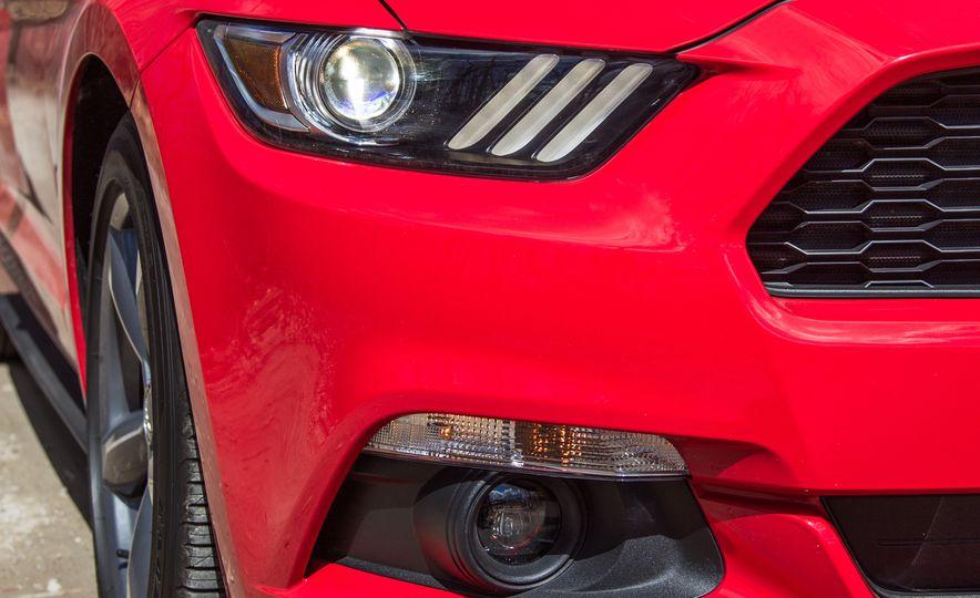 2015 Ford Mustang - Slide 9