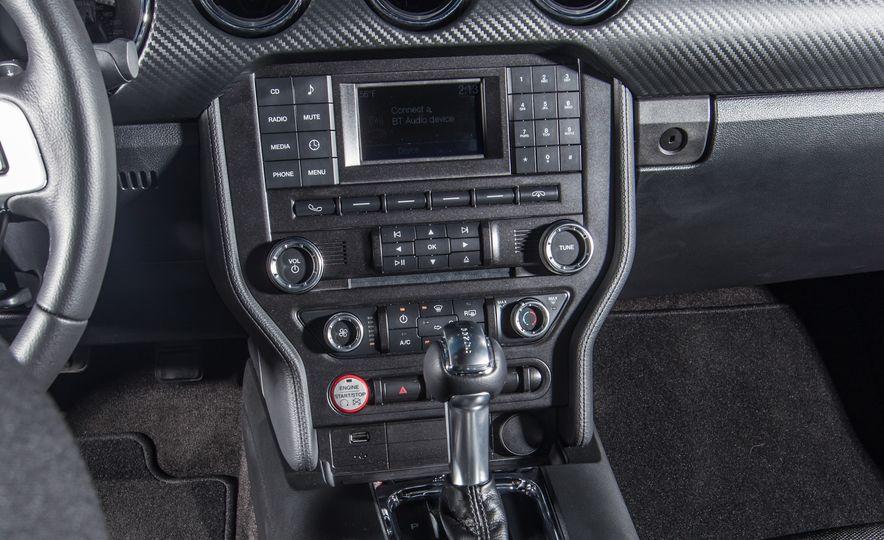 2015 Ford Mustang - Slide 13