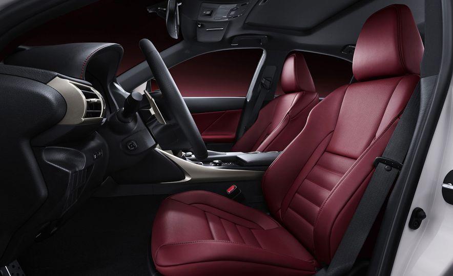 2016 Lexus IS200t F Sport - Slide 14