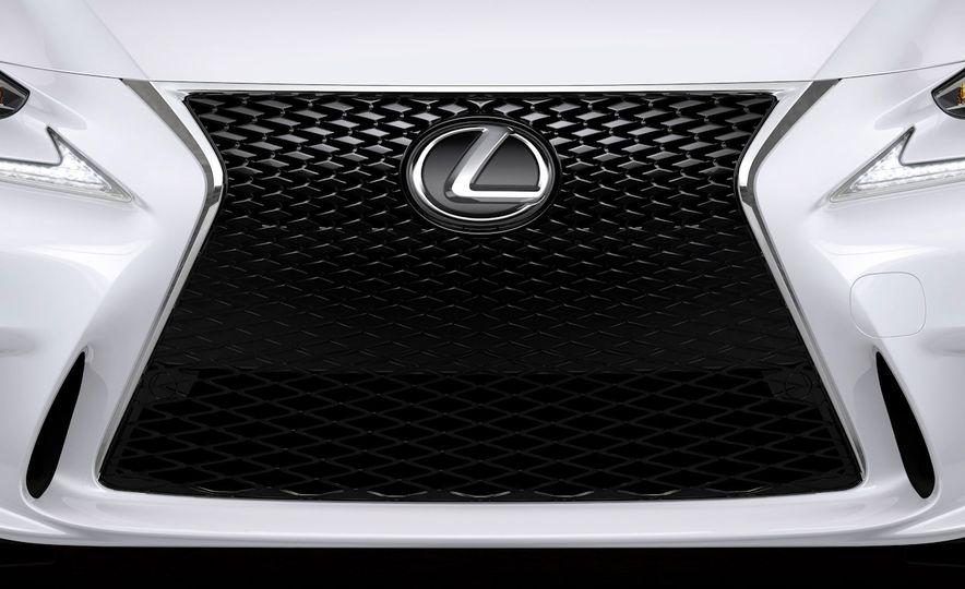 2016 Lexus IS200t F Sport - Slide 23