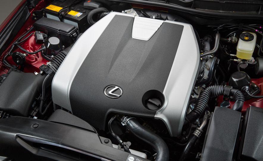 2016 Lexus IS200t F Sport - Slide 25