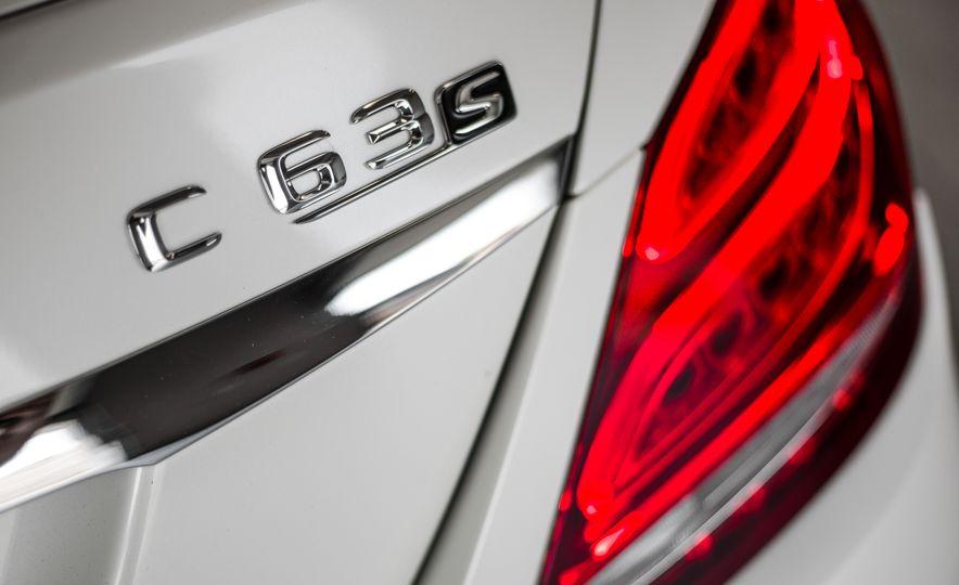 2015 Mercedes-AMG C63 S-Model - Slide 19