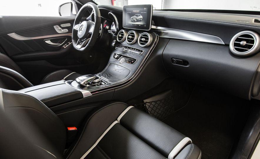 2015 Mercedes-AMG C63 S-Model - Slide 24