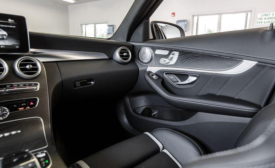 2015 Mercedes-AMG C63 S-Model - Slide 33