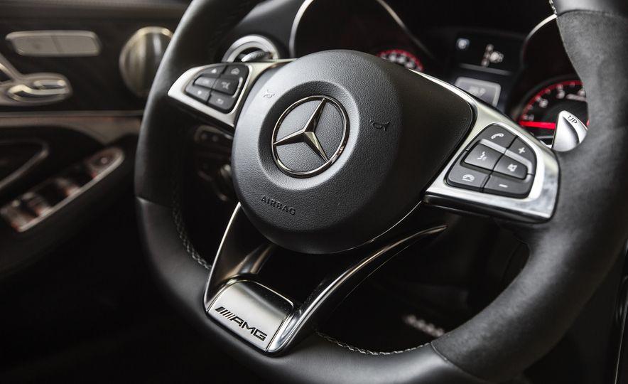 2015 Mercedes-AMG C63 S-Model - Slide 34