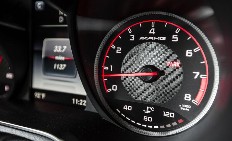 2015 Mercedes-AMG C63 S-Model - Slide 42