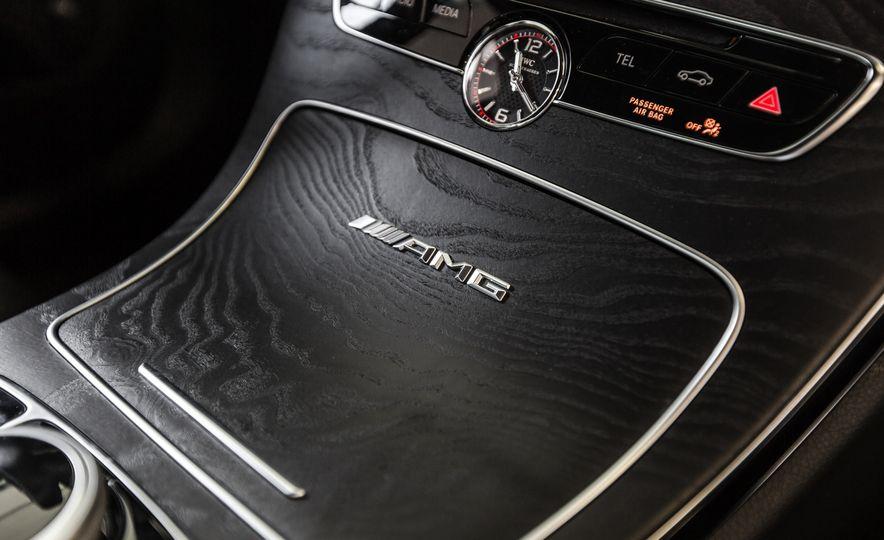 2015 Mercedes-AMG C63 S-Model - Slide 43