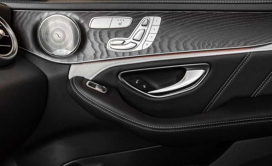 2015 Mercedes-AMG C63 S-Model - Slide 45