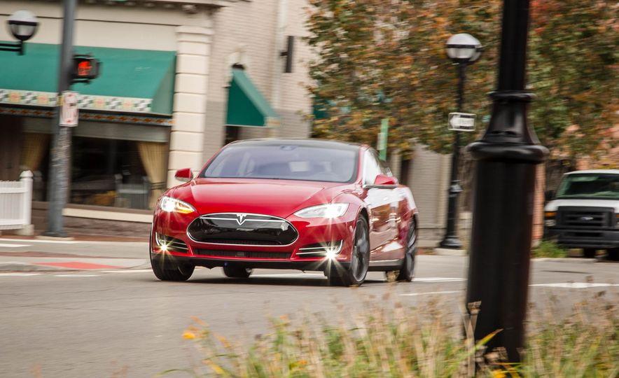 2015 Tesla Model S P85D - Slide 52