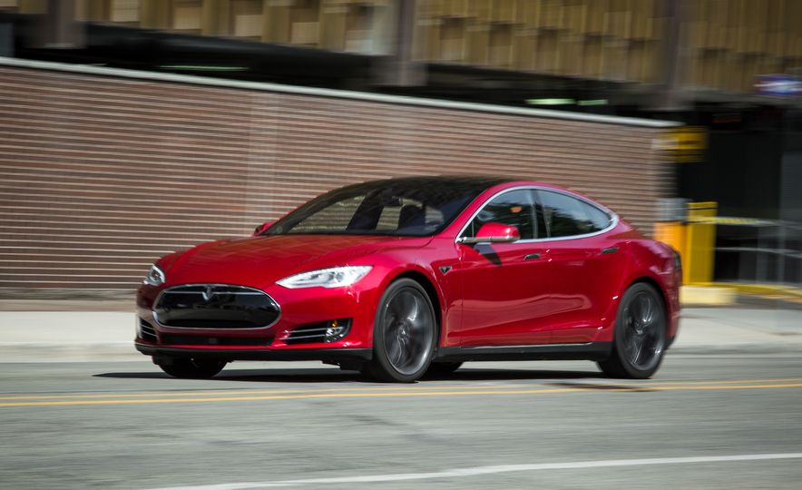 2015 Tesla Model S P85D - Slide 60
