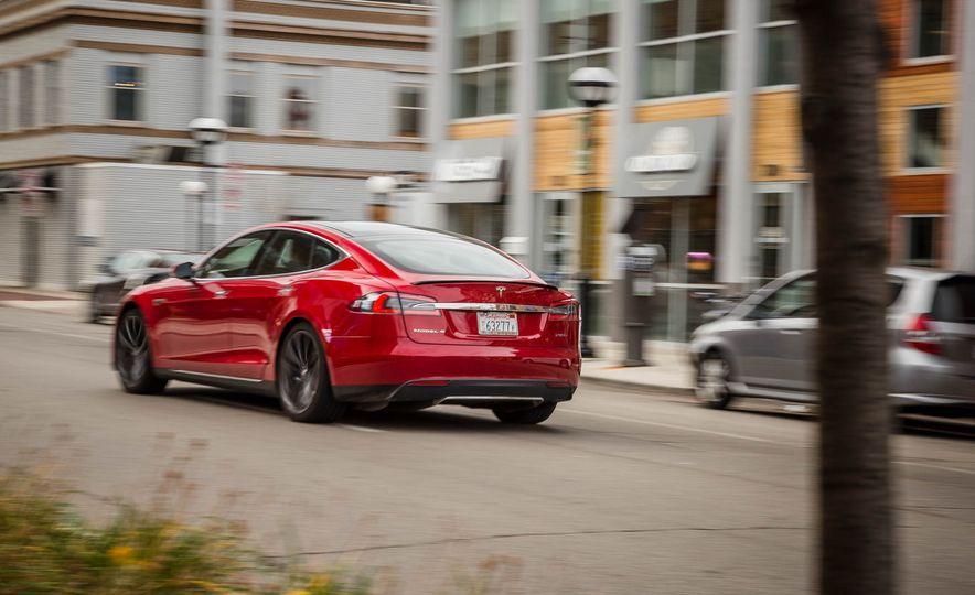 2015 Tesla Model S P85D - Slide 54