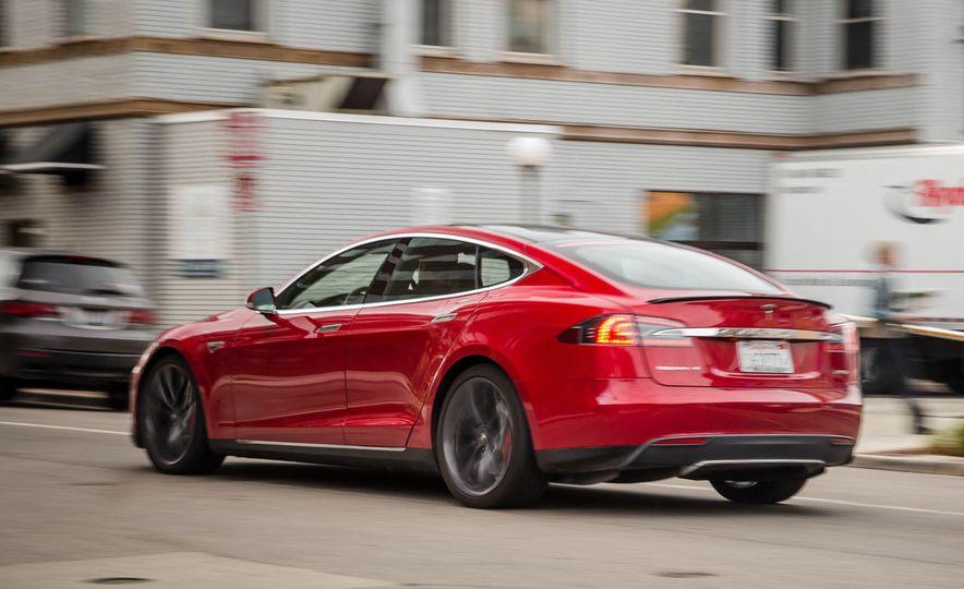 2015 Tesla Model S P85D - Slide 55
