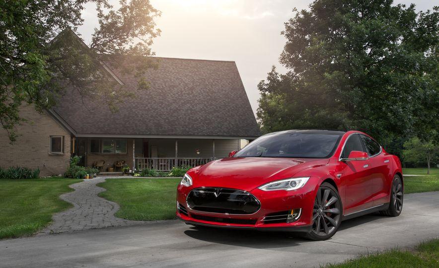 2015 Tesla Model S P85D - Slide 64