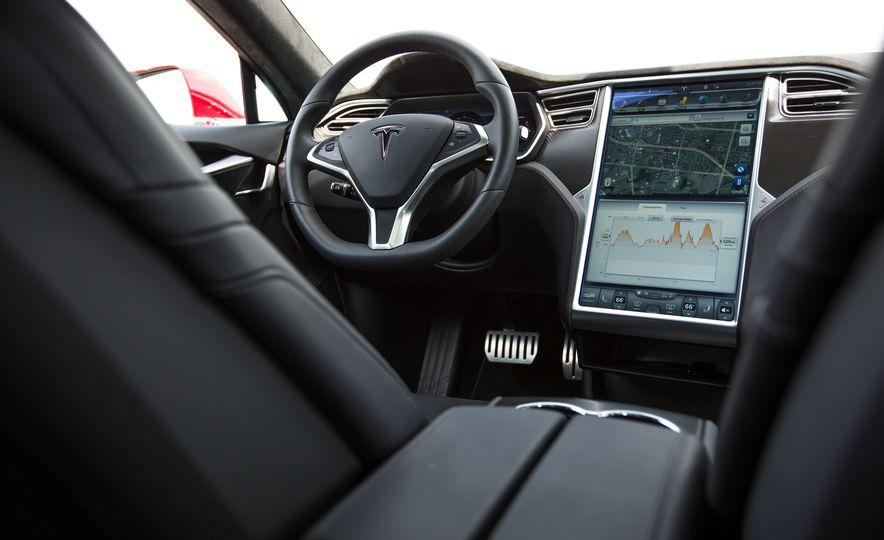 2015 Tesla Model S P85D - Slide 79