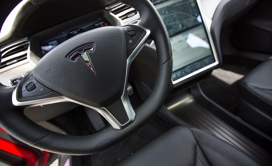 2015 Tesla Model S P85D - Slide 81