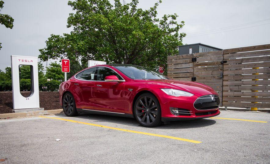 2015 Tesla Model S P85D - Slide 88