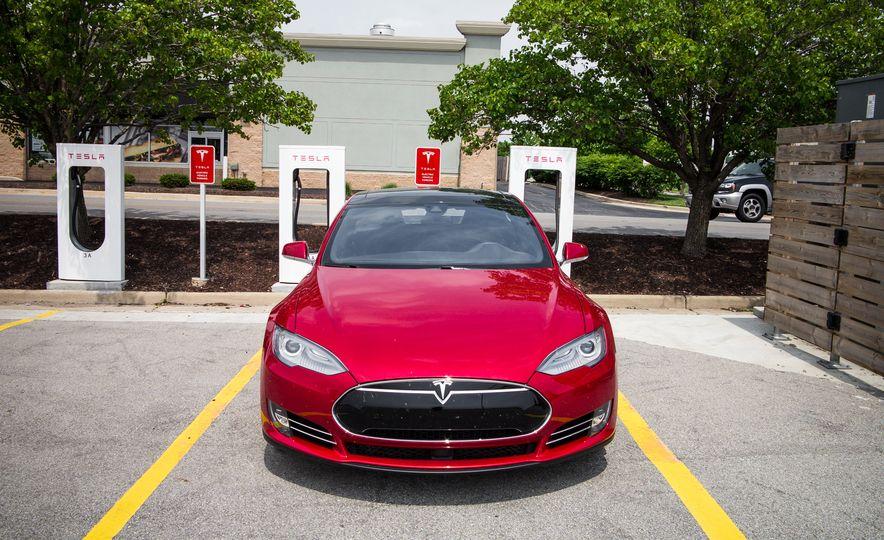 2015 Tesla Model S P85D - Slide 91