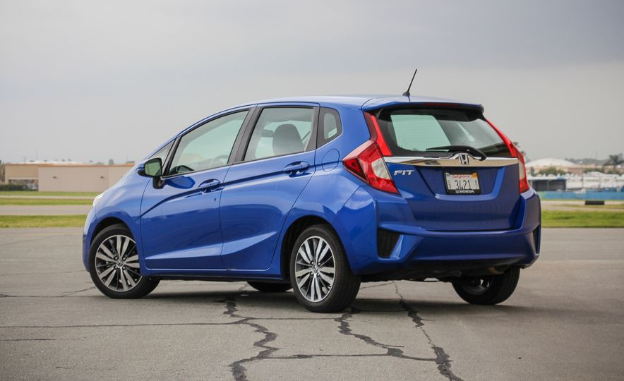 C/D Tested: The 10 Quickest Cars for 2015 Under $25,000 - Slide 11
