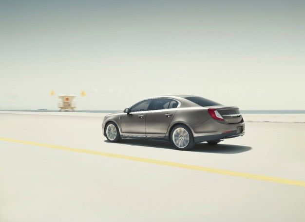 Exit the Lincoln MKS. Enter the…Uh…Continental!