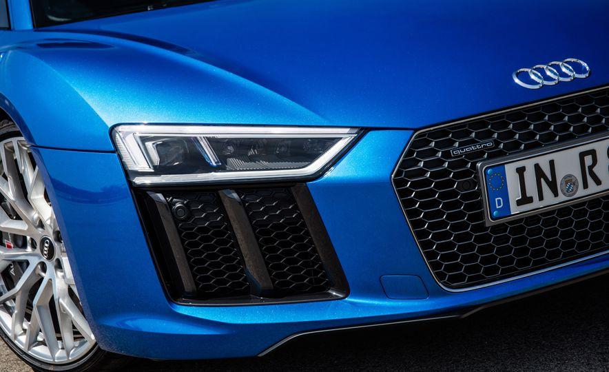 2017 Audi R8 Plus - Slide 64