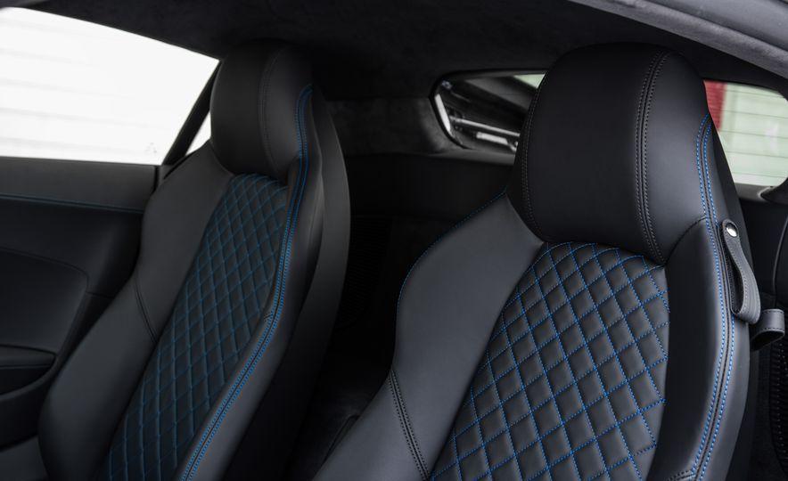 2017 Audi R8 Plus - Slide 23