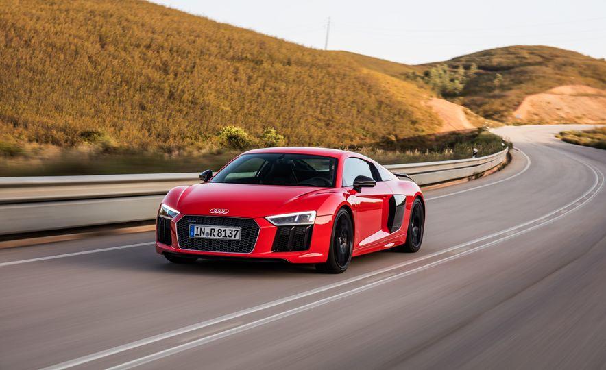 2017 Audi R8 Plus - Slide 28