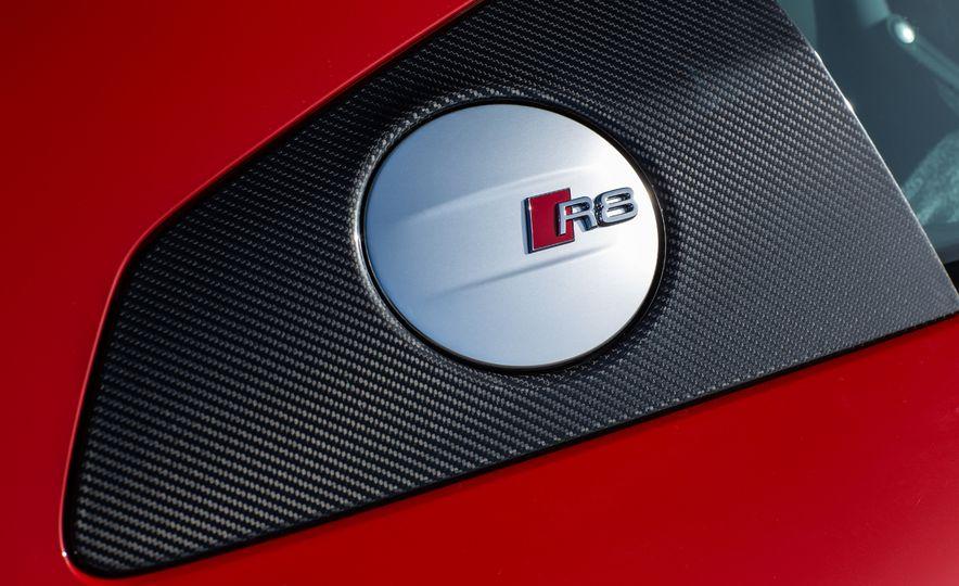2017 Audi R8 Plus - Slide 45