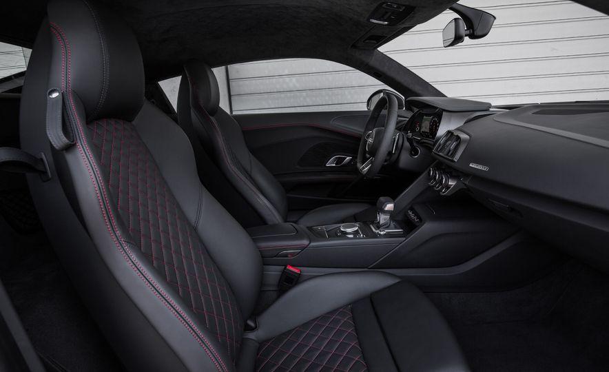 2017 Audi R8 Plus - Slide 49