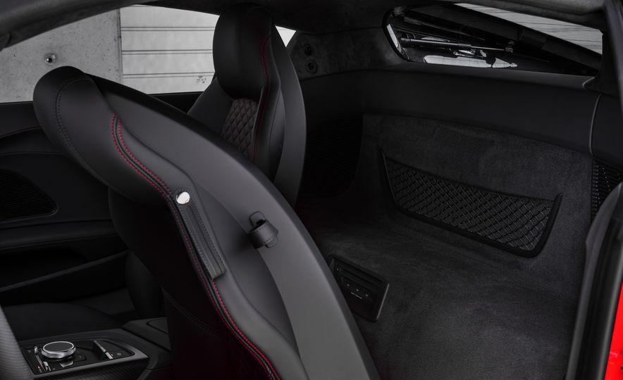 2017 Audi R8 Plus - Slide 52