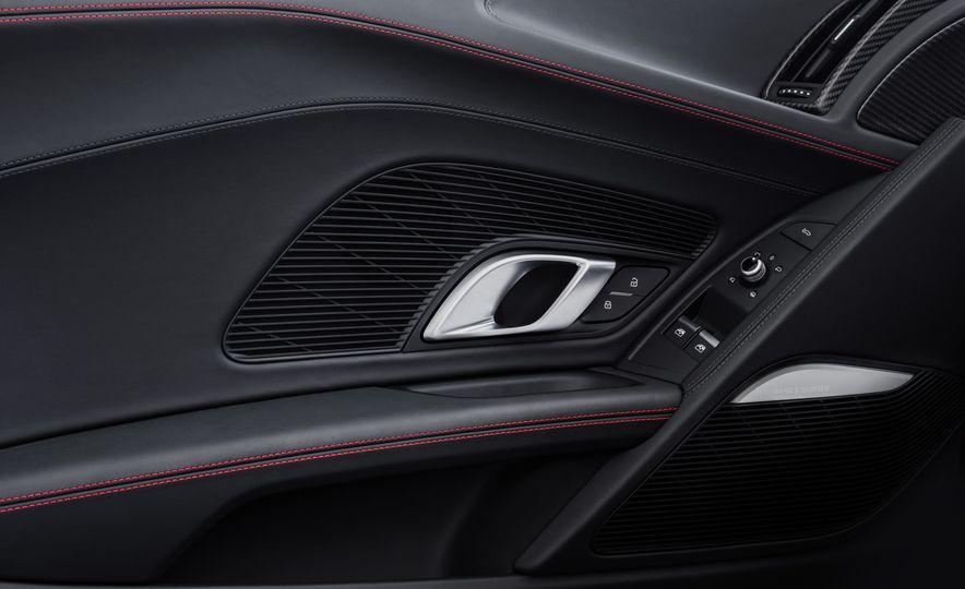 2017 Audi R8 Plus - Slide 54