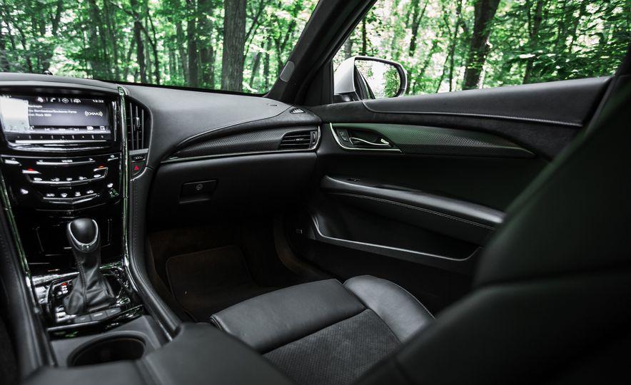 2016 Cadillac ATS-V sedan - Slide 12