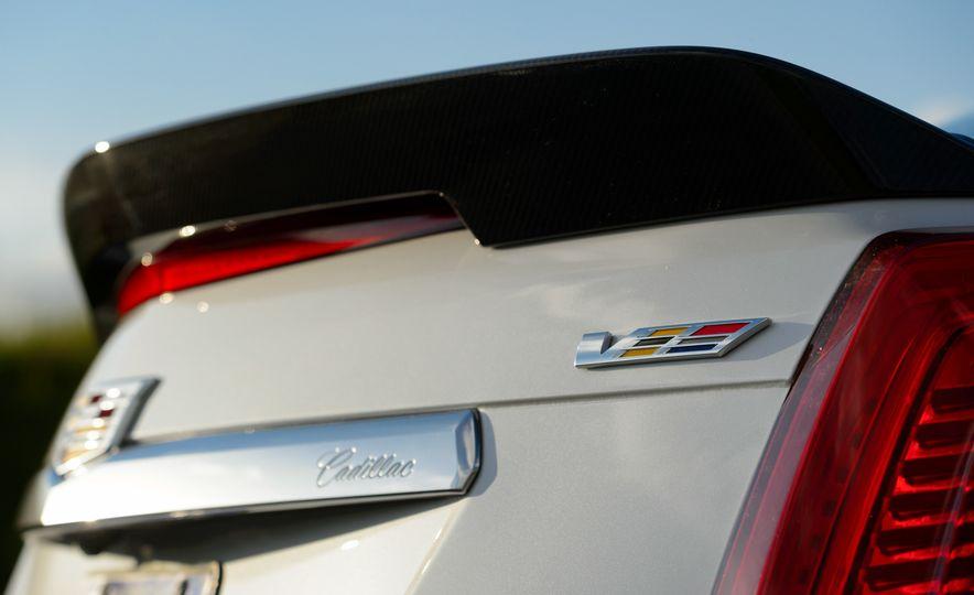 2016 Cadillac ATS-V sedan - Slide 43