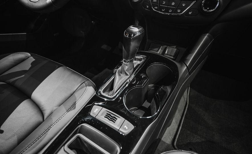 2016 Chevrolet Cruze RS - Slide 28