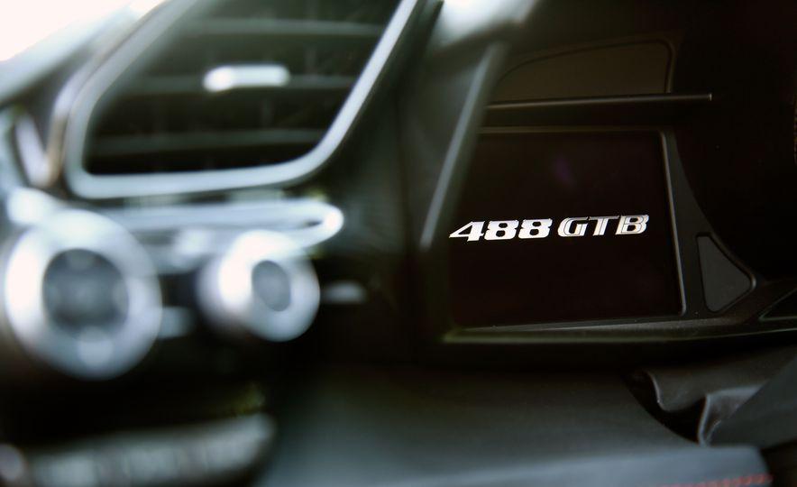 2016 Ferrari 488GTB - Slide 81
