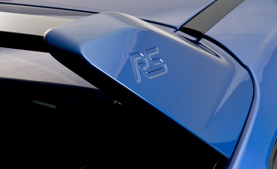 2016 Ford Focus RS - Slide 4