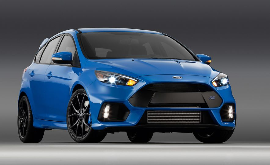 2016 Ford Focus RS - Slide 7
