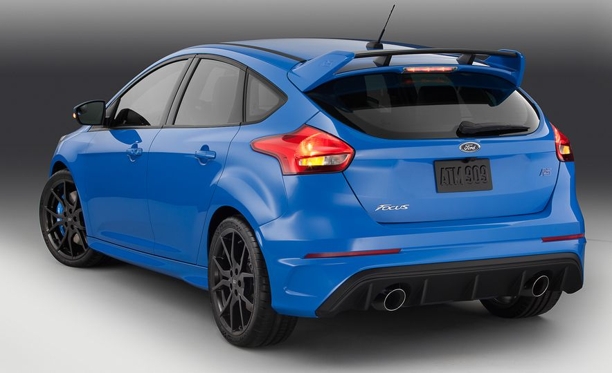 2016 Ford Focus RS - Slide 9