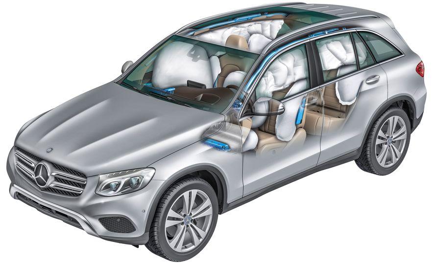2016 Mercedes-Benz GLC250d 4MATICs (Euro-spec) - Slide 44