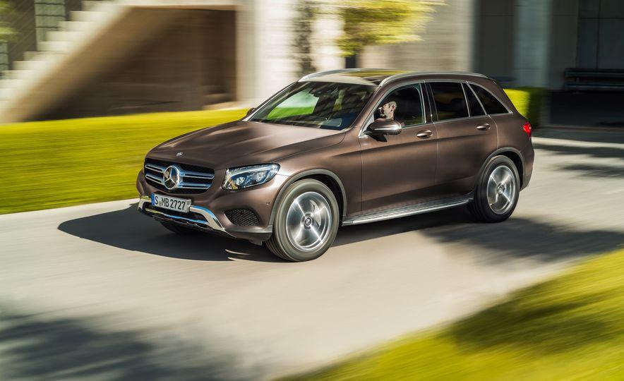2016 Mercedes-Benz GLC250d 4MATICs (Euro-spec) - Slide 28