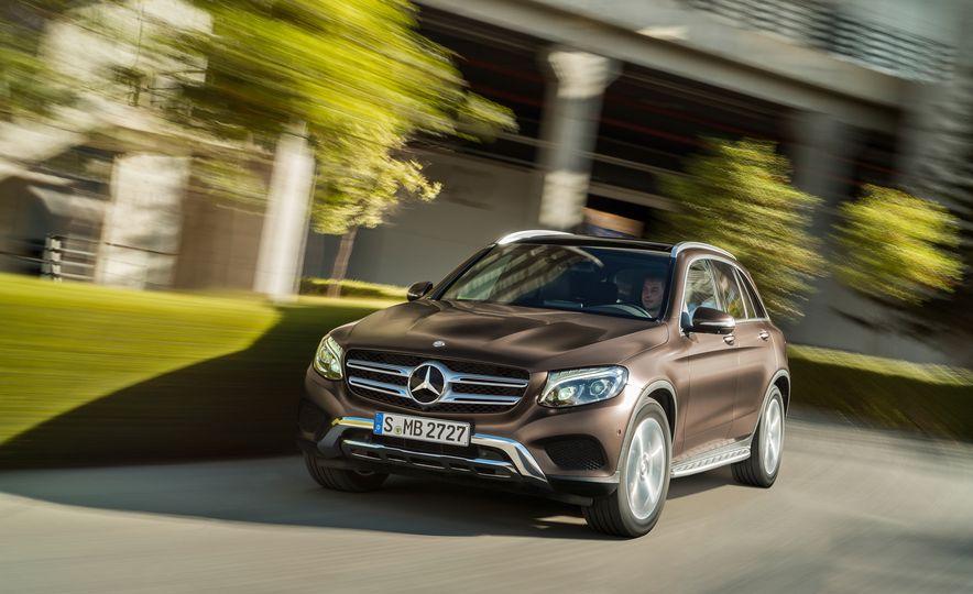 2016 Mercedes-Benz GLC250d 4MATICs (Euro-spec) - Slide 29