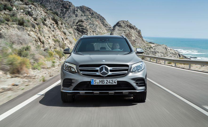 2016 Mercedes-Benz GLC250d 4MATICs (Euro-spec) - Slide 8