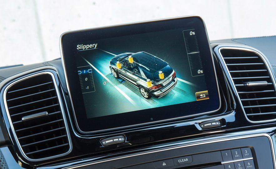 2016 Mercedes-Benz GLE400 4MATIC - Slide 124