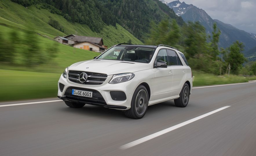 2016 Mercedes-Benz GLE400 4MATIC - Slide 5