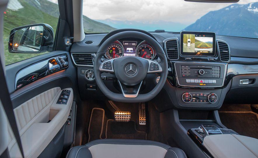 2016 Mercedes-Benz GLE400 4MATIC - Slide 25