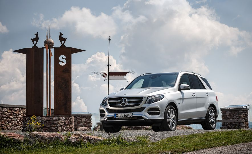 2016 Mercedes-Benz GLE400 4MATIC - Slide 53