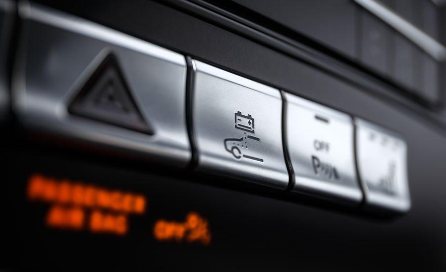2016 Mercedes-Benz GLE400 4MATIC - Slide 71