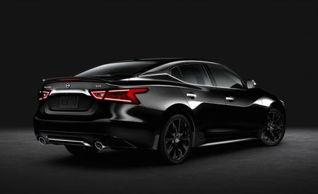 Black Max: 2016 Nissan Maxima SR Midnight Debuts, Is Quite Dark