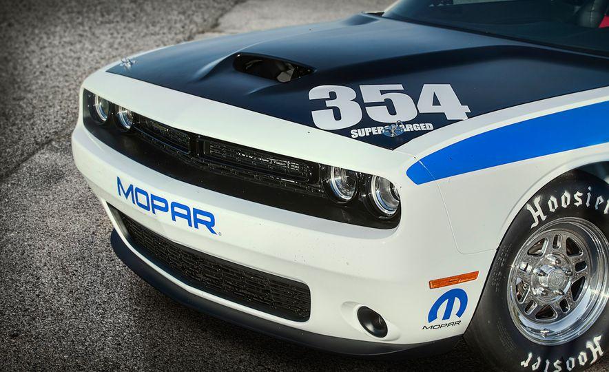 Mopar Dodge Challenger Drag Paks - Slide 7